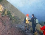 bali-driver-batur-trekking-03